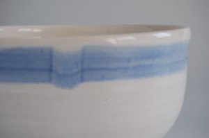 Pale blue band on a serving bowl