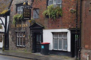 the New Inn looks pretty olde